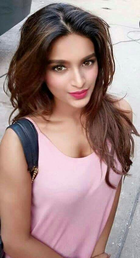 34 Best Nidhi Agarwal Images On Pinterest Nidhi Agarwal Indian Actresses And Fotografia