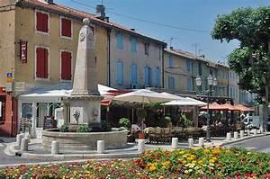Restaurant Saint Rémy De Provence : saint remy de provence visit photos travel info and hotels by provence beyond ~ Melissatoandfro.com Idées de Décoration