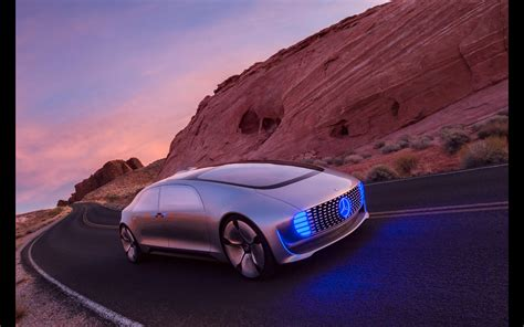 2018 Mercedes Benz F 015 Luxury In Motion Landscape 4