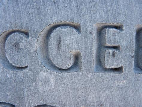 typography carved in smashing magazine