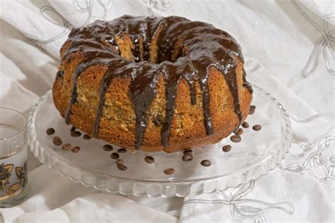 First, i loved that the recipe used yeast to leaven the cake, but required no kneading. Cardamom Coffee Cake Recipe - CBrecipe.com