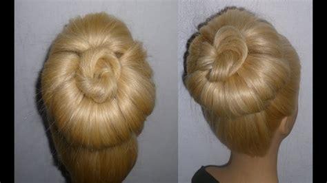haar dutt machen schnelle dutt frisur mit duttkissen machen hochsteckfrisuren donut hair bun updo hairstyle