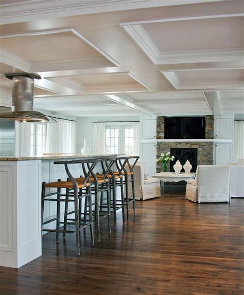 faux plafond cuisine ouverte cuisine ouverte sur le salon 9 idées d
