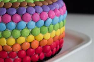 A birthday rainbow cake – Road to Pastry