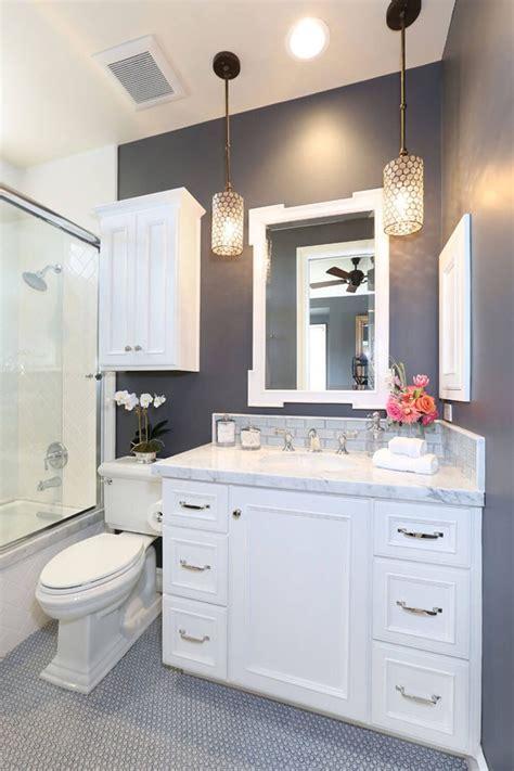uncluttered color scheme  dark gray  white home