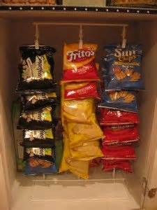 tray candy potato chip snack wall mounted wire display