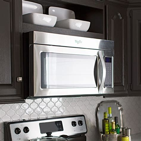 can i put a countertop microwave in a cabinet can you put a countertop microwave in a cabinet