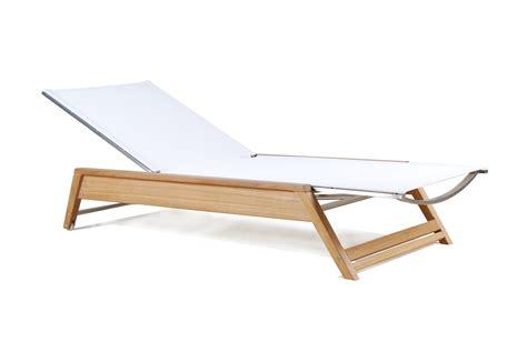 chaise en plastique transparent chaise en transparent great chaise mdaillon plexi