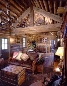 Small Log Home Interiors Best 20 Cabin Interiors Ideas On Barn Homes Rustic Cabin Decor And Small Cabin