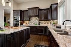 paint kitchen backsplash paint colors for kitchens with cabinets 1366