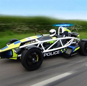 Dienstwagen : Das ist das schnellste Polizeiauto der Welt ...