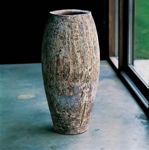 Grand Vase Design : grand pot de fleurs en terre cuite pour votre jardin et terrasse ~ Teatrodelosmanantiales.com Idées de Décoration