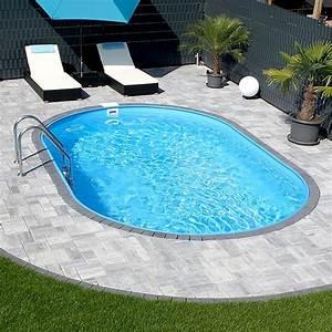 Gartengestaltung Pool Beispiele : ovalpool klassisch formsch n und nie aus der mode der ~ Articles-book.com Haus und Dekorationen