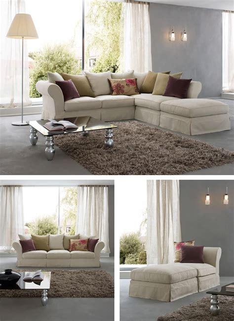 divanetti in stile divano con struttura in legno cuscini in piuma e gomma