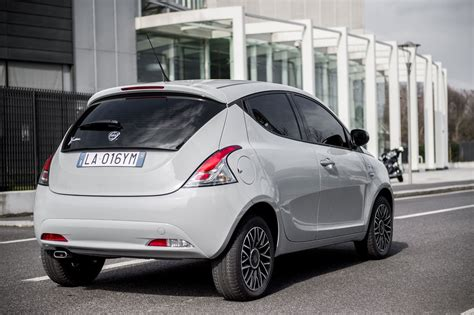 "Lancia Ypsilon Mya, A ""special"" In Trendy Shades"