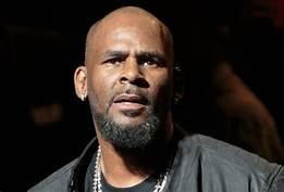 Prosecutor says more people could be charged in R. Kelly case…