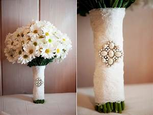 Simple Daisy Wedding Bouquet wrapped in lace | OneWed.com