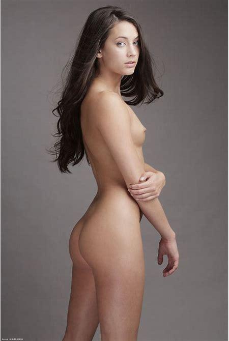 Beautiful topless petite girl - Pichunter