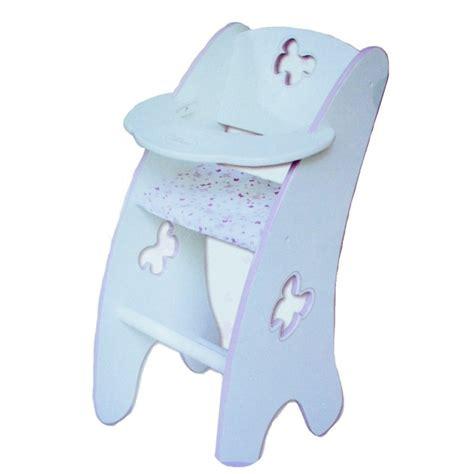 chaise haute pour poupon chaise haute en bois pour poupon jeux et jouets calinou