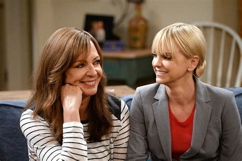 Cbs' Edgy 'mom' Returns With New Family Twists