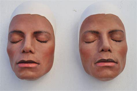 gips maske grundieren bemalen mit acrylfarben farbe