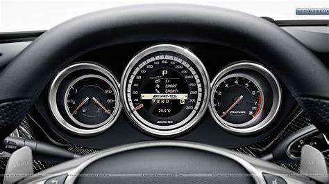 Super Car Dashboard Design User Interface Uicloud