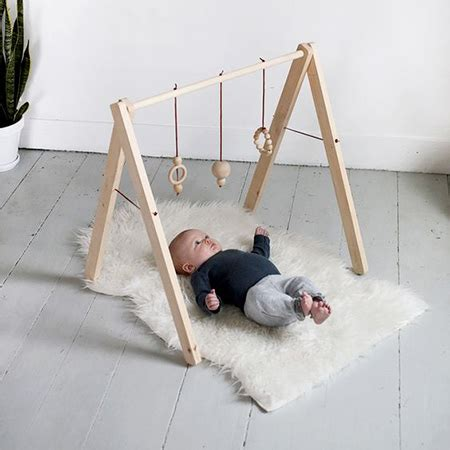 home dzine home diy     simple wooden play mobile