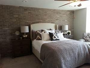 Papier Peint Chambre À Coucher : papier peint imitation brique dans la chambre coucher ~ Nature-et-papiers.com Idées de Décoration