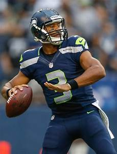 Russell Wilson Photos Photos - Oakland Raiders v Seattle ...