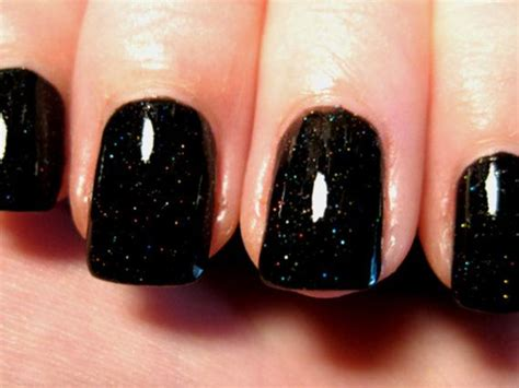 Best 25+ Black Glitter Nails Ideas On Pinterest