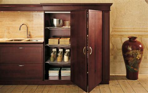 portes de placard cuisine les portes de placard pliantes pour un rangement joli et