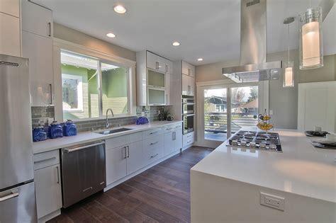 white flat panel kitchen cabinets acrylic white flat panel pius kitchen bath 1764