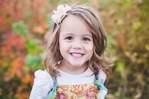 Coupe Petite Fille Mi Long : 1001 photos de la meilleure coupe de cheveux petite fille ~ Melissatoandfro.com Idées de Décoration