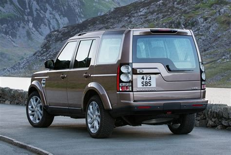 discovery land rover back review land rover discovery 4 2015