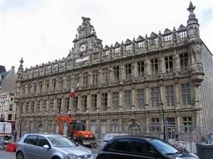 Location Voiture Valenciennes : la mairie valencienne france photo de valenciennes ~ Melissatoandfro.com Idées de Décoration