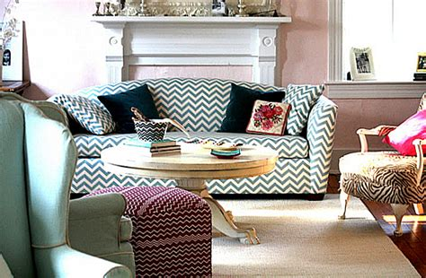Pattern Loveseat by Decorating With Patterned Upholstered Furniture