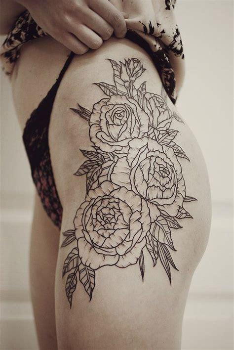 tatuaggio fiore stilizzato tatuaggi fiori stilizzati i disegni pi 249 belli