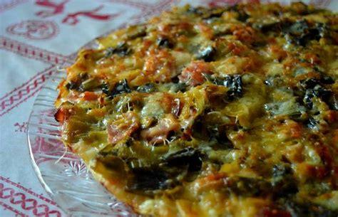 comment cuisiner le poireau a la poele pizza gratinée poireaux jambon sec recette gourmande