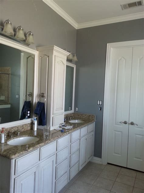Behr Paint Colors Bathroom by Painted The Basecoat Of My Bathroom With Behr Anonymous