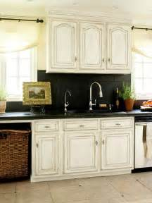 Hickory Cabinets With Granite Countertops by A Few More Kitchen Backsplash Ideas And Suggestions