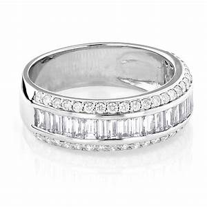 14K Gold Round Baguette Diamond Wedding Band 165ct