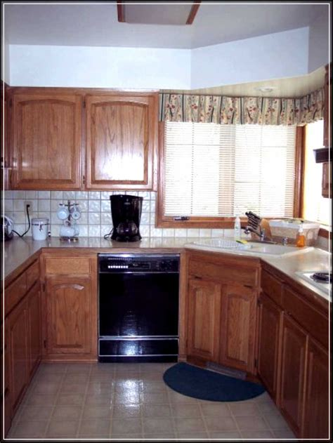 Small Galley Kitchen Ideas by Best Ideas For Small Galley Kitchen Design Modern Kitchens