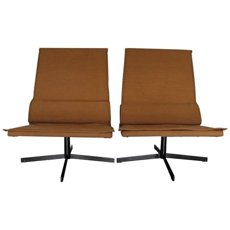 b b italia quot duysen vvd4 quot chairs in wool by