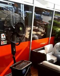 Kühlventilator Mit Wasser : spr hnebel ventilator rauch mit komforausstattung und ~ Jslefanu.com Haus und Dekorationen