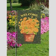 Welcome Mums  Garden Size 12 Inch X 18 Inch Decorative