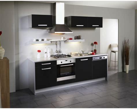 cuisine taupe brillant cuisine gris inox cuisine plan de travail inox avec vert