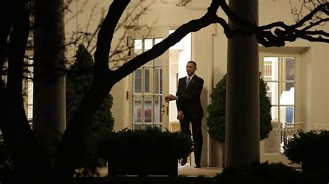 president barack obama signs bill to avoid fiscal cliff