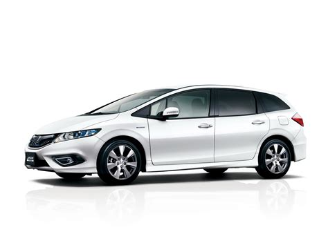 Honda Jade Hybrid Six-seater Mpv Debuts In Japan