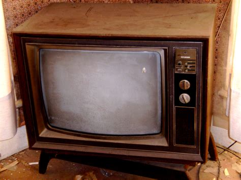 Old Tv Pictures And Quotes Quotesgram