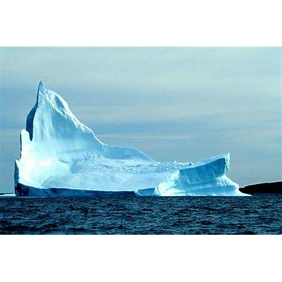 File:Iceberg 12 2000 08 13.jpg - Wikimedia Commons